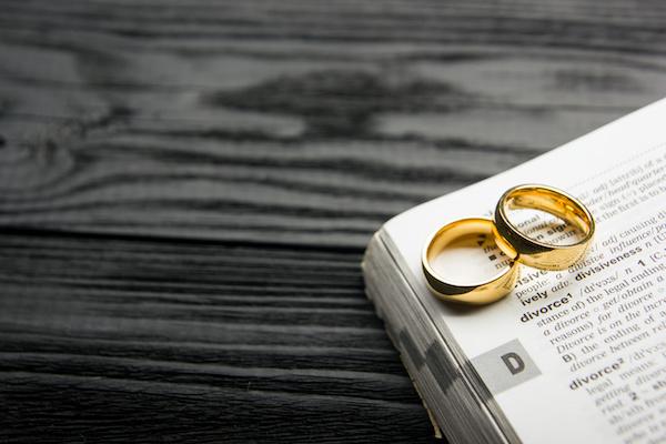 illustration of no fault divorce bill